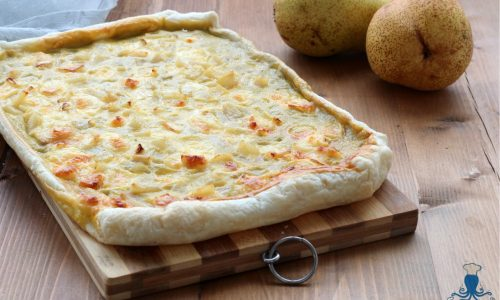 Torta salata brie e pere, ricetta raffinata facile e veloce