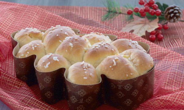 Pan brioche con canditi light, ricetta natalizia.