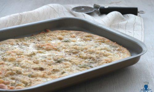 Focaccia con mascarpone e gorgonzola, ricetta sfiziosa