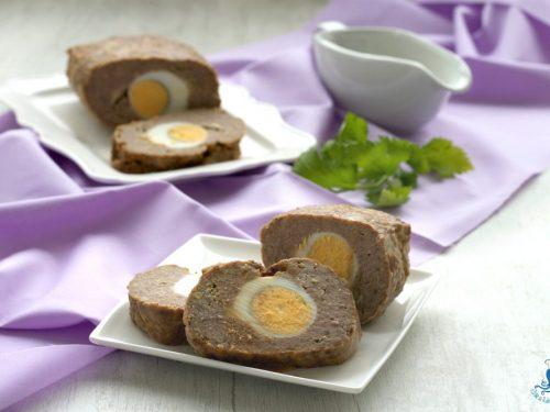 Polpettone con le uova sode, ricetta facile della festa
