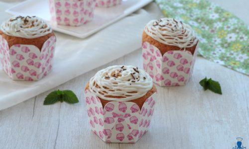 Cupcake con frosting alla menta, ricetta sfiziosa e origianale