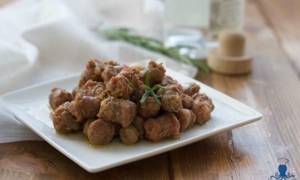 Bocconcini di salsiccia con la grappa, ricetta creativa