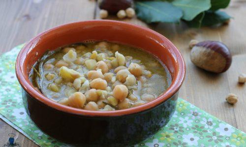 Zuppa di castagne e ceci, ricetta facile della nonna