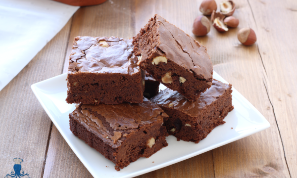 Brownies al cioccolato, ricetta americana facile e veloce