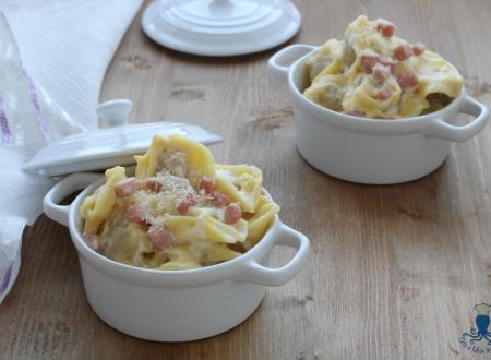 Tortellini al forno panna e prosciutto, ricetta facile delle feste