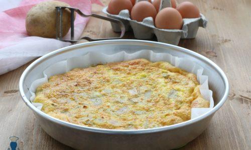 Frittata al forno con bucce di patate, ricetta del riciclo