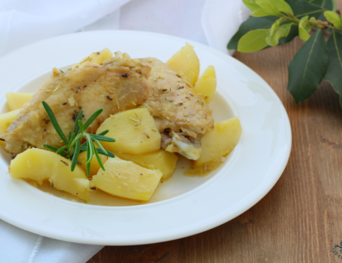 Ali di pollo con le patate, ricetta economica facile e gustosa