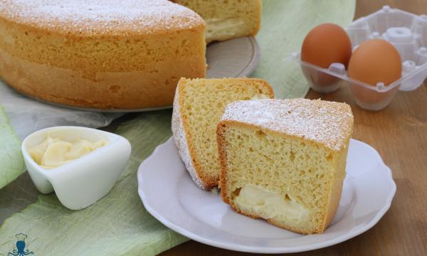 Ciambella con crema pasticcera, ricetta  con e senza il fornetto Versilia