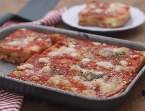 Finta pizza del buongustaio, ricetta facile e sfiziosa