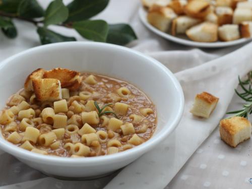 PASTA E LENTICCHIE, ricetta tradizionale con e senza bimby
