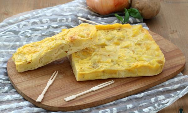 Tortillas de patatas, ricetta spagnola con e senza microonde.