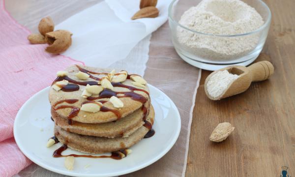 Pancake integrali, ricetta facile e veloce per la colazione
