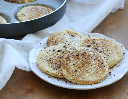Pancake vegani al cocco, ricetta facile senza uova