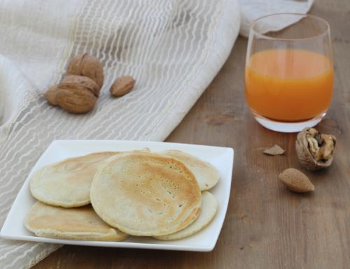 Pancake vegani salati, ricetta senza uova facile e veloce