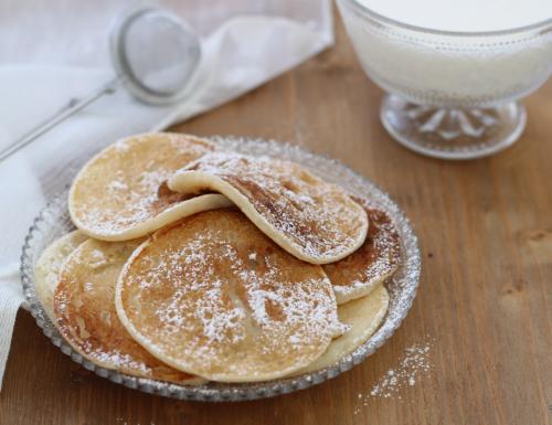 Pancake allo yogurt, ricetta golosa per la prima colazione