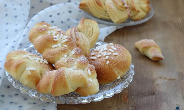 Brioches con pan brioche alla ricotta, ricetta golosa con e senza Bimby