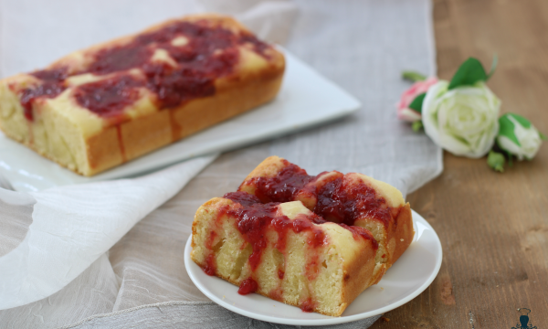 Plumcake alla confettura, ricetta golosa di facile preparazione