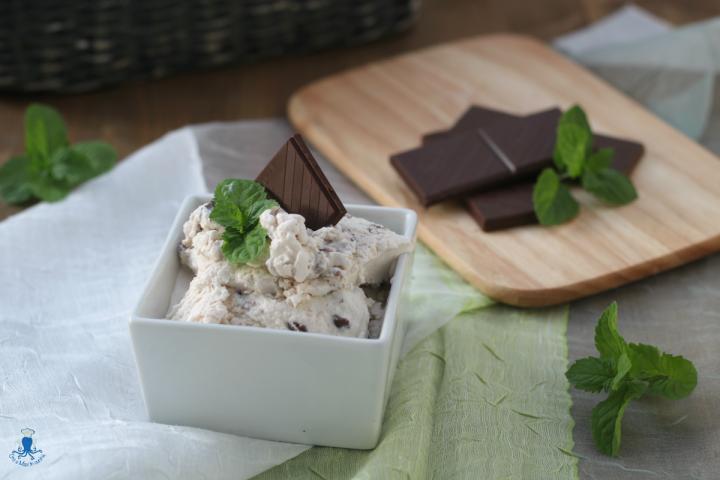 Gelato menta e cioccolato1