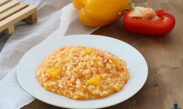 Risotto con i peperoni, ricetta facile con e senza il Bimby