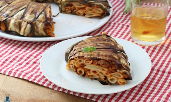 Timballo di pasta e melanzane, ricetta passo a passo