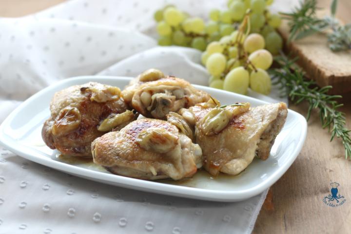 Pollo in agrodolce con uva