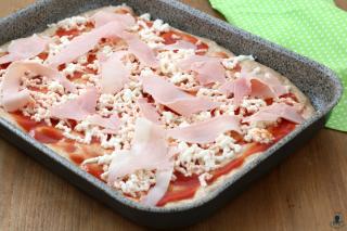 Pizza integrale con il prosciutto3