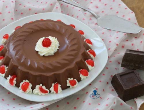 Budino classico al cioccolato, ricetta golosa di facile preparazione