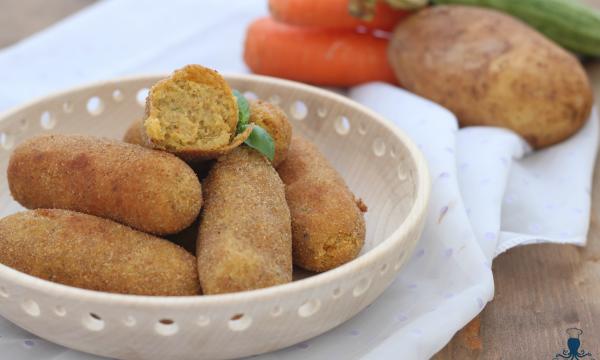 Crocchette di patate e verdure, ricetta sfiziosa di facile preparazione.