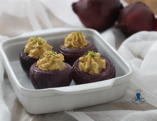 Cipolle ripiene vegan, ricetta al forno sfiziosa e originale