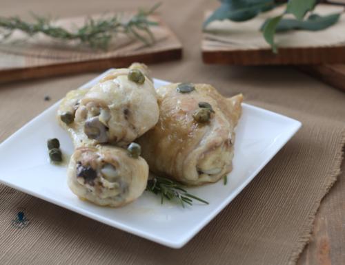 Pollo al limone e capperi, secondo piatto gustoso e di facile preparazione.