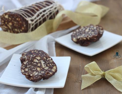 Salame di cioccolato vegan, ricetta golosa di facile e veloce preparazione