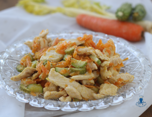 Straccetti di pollo con verdure, ricetta di facile e veloce preparazione