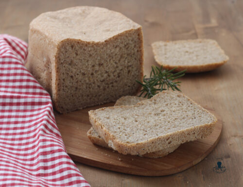 Pane integrale con la macchina del pane, ricetta facile e salutare