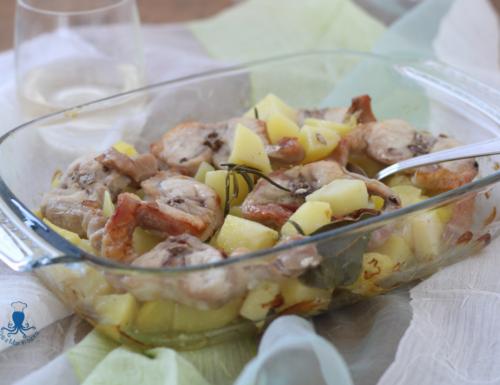 Coniglio con patate al forno, ricetta di facile preparazione