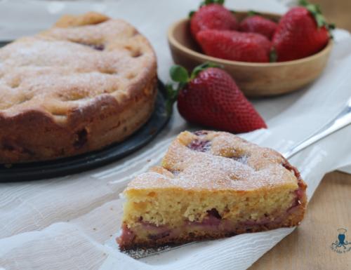 Torta fragole e ricotta, sofficissima e golosa con e senza kit forno.