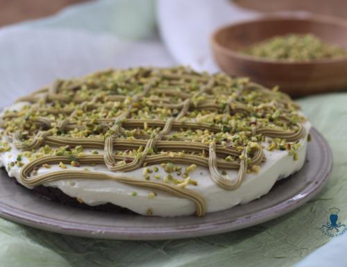 Torta fredda al pistacchio, ricetta golosa senza gelatina