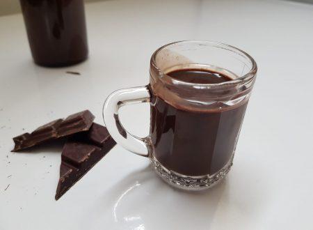 liquore al cioccolato al peperoncino