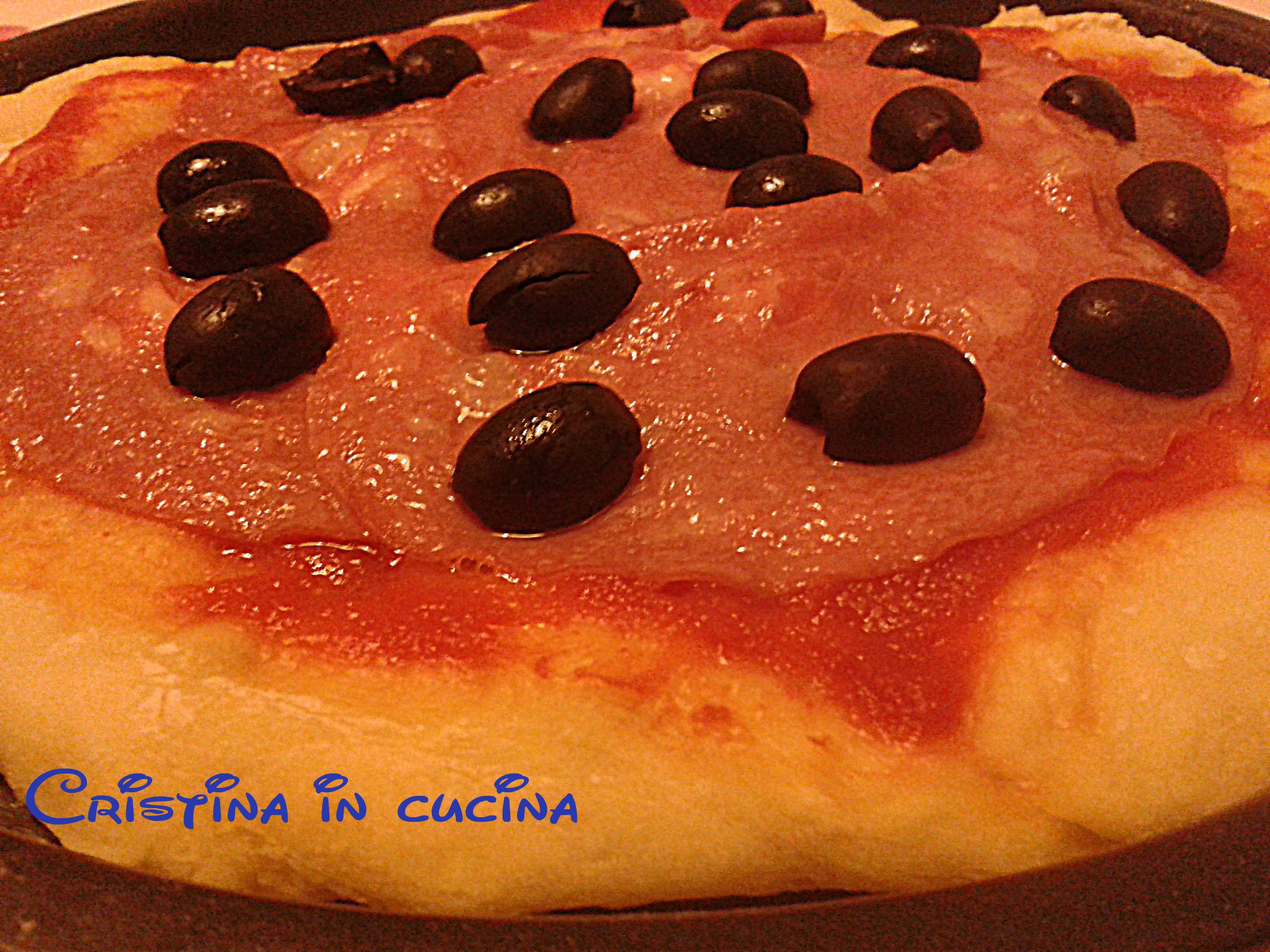La pizza con la mortadella è una saporita alternativa alla pizza ...