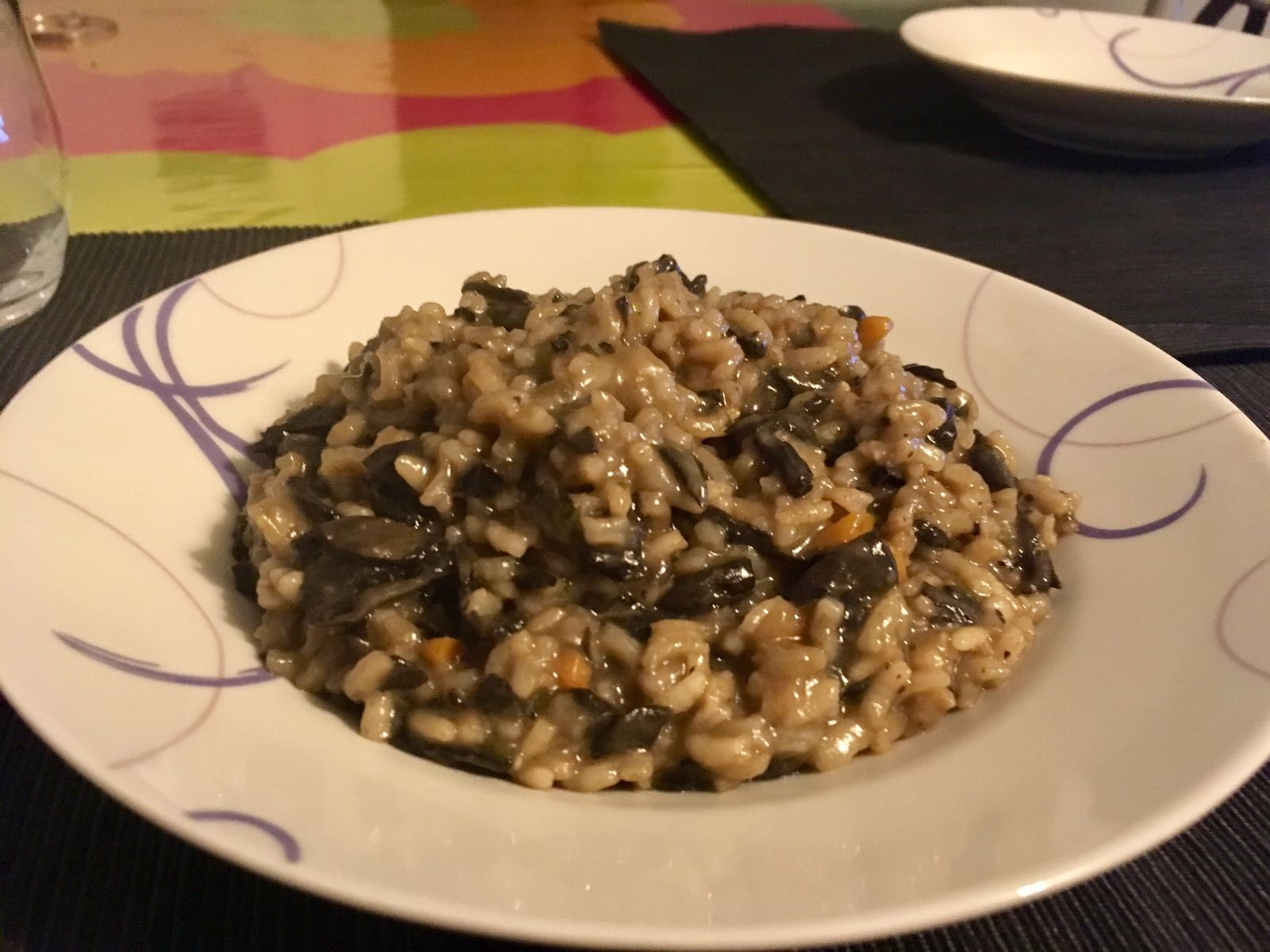 RISOTTO CON CAROTE, TROMBETTE DEI MORTI E OLIO DI RISO CRUDIGNO - RISOTTO WITH HORNS OF PLENTY MUSHROOMS, CARROTS AND CRUDIGNO RICE OIL