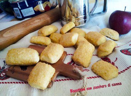 Biscottoni con lo zucchero di canna