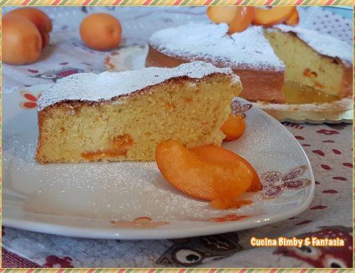 Torta morbida di albicocche e yogurt con il Bimby e senza