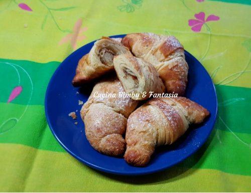 Croissant sfogliati e lievitati con il Bimby