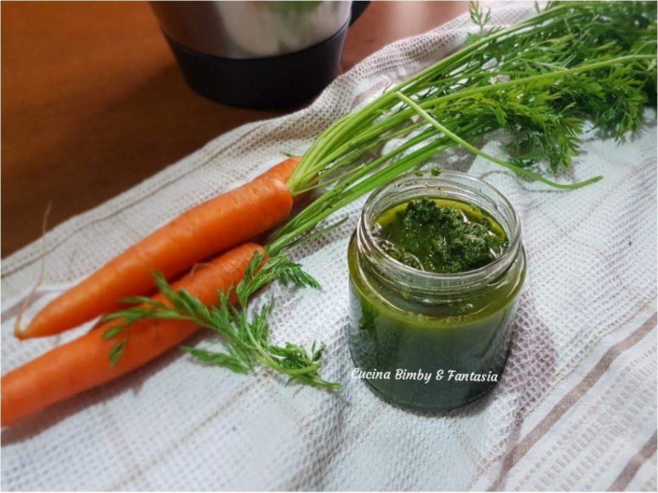 pesto con le foglioline delle carote