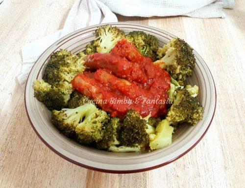 Salsiccia al sugo e broccoli al Varoma con il bimby e senza