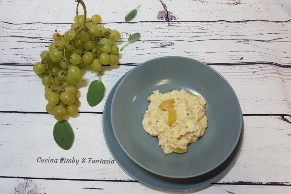 risotto all'uva e formaggio fresco