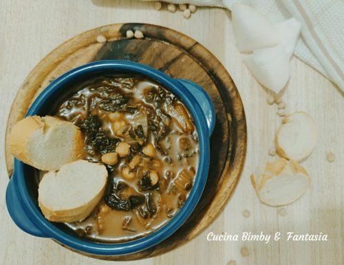 Zuppa con cavolo nero, cardi e ceci
