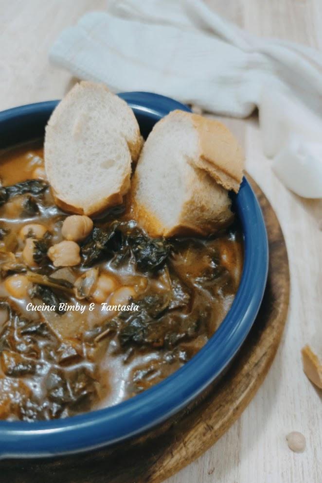 zuppa con cardi, cavolo nero e ceci