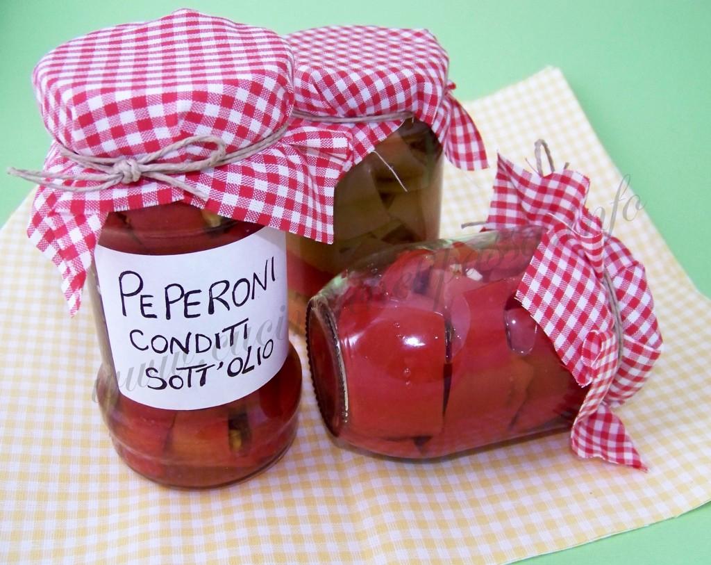 ricetta peperoni conditi sott'olio (17)