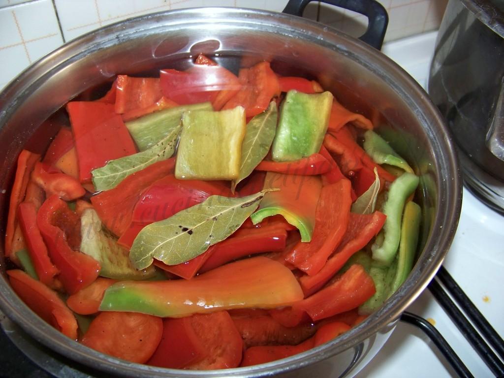 ricetta peperoni conditi sott'olio (4)