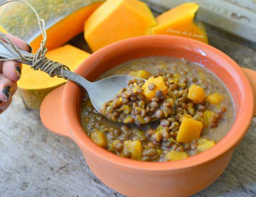 Spezzatino vegetariano di zucca e lenticchie